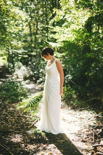 la-femme-gribouillage-artis-evenement-seance-photo-after-day-robe-de-mariee-foret-photos-apres-mariage-1