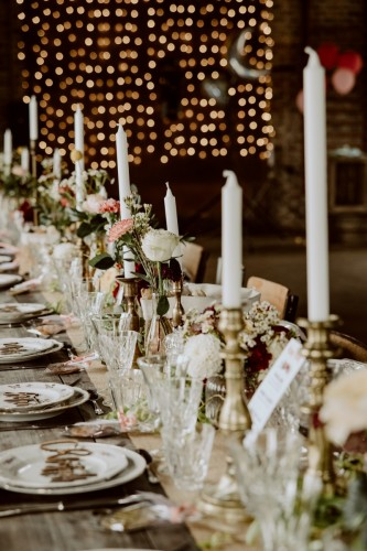 artis-evenement-wedding-planner-designer-les-bonnes-joies-location-mobilier-decoration-vintage-guinguette-champetre-boheme-mariage-paris-montmartre12