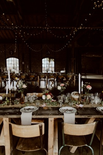artis-evenement-wedding-planner-designer-les-bonnes-joies-location-mobilier-decoration-vintage-guinguette-champetre-boheme-mariage-paris-montmartre21