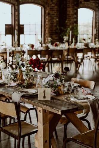 artis-evenement-wedding-planner-designer-les-bonnes-joies-location-mobilier-decoration-vintage-guinguette-champetre-boheme-mariage-paris-montmartre24