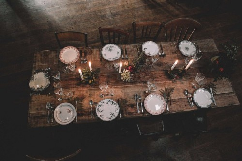 artis-evenement-organisation-decoration-mariage-paris-champetre-kinfolk-vintage-boheme-location-table-bois-chaise-bois41