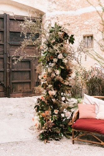 artis-evenement-wedding-planner-provence-mariage-boheme-terracota-pampa-kinfolk-decoration-wedding-destination56
