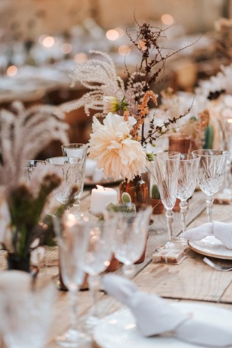 artis-evenement-wedding-planner-provence-mariage-boheme-terracota-pampa-kinfolk-decoration-wedding-destination74