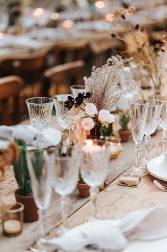 artis-evenement-wedding-planner-provence-mariage-boheme-terracota-pampa-kinfolk-decoration-wedding-destination76