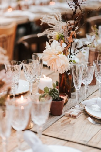 artis-evenement-wedding-planner-provence-mariage-boheme-terracota-pampa-kinfolk-decoration-wedding-destination79